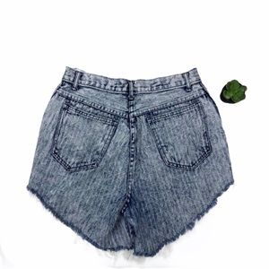 VINTAGE STONEWASHED CUSTOM DENIM SHORTS